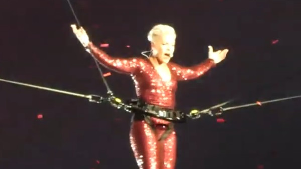 Pink live in Amsterdam Arena: So what